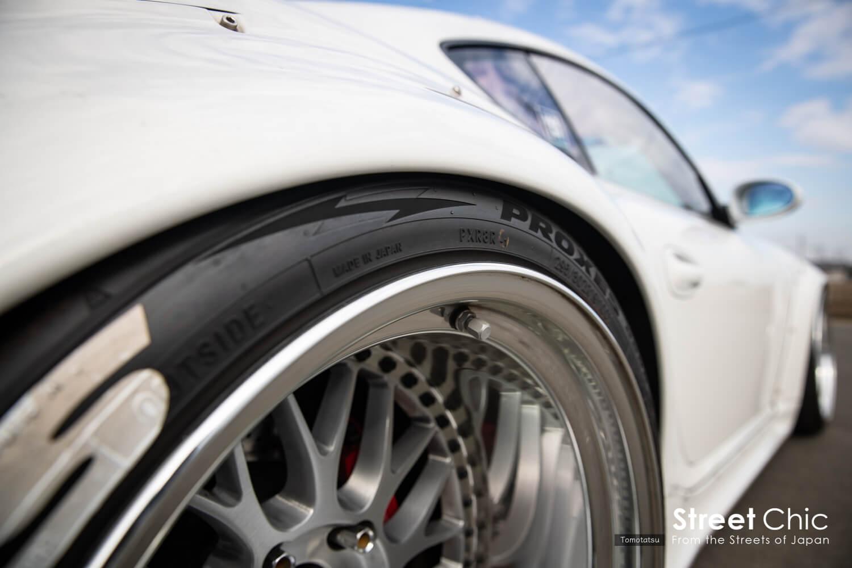 PANDEM PORSCHE!!ショルダーでタイヤを見せるツラ